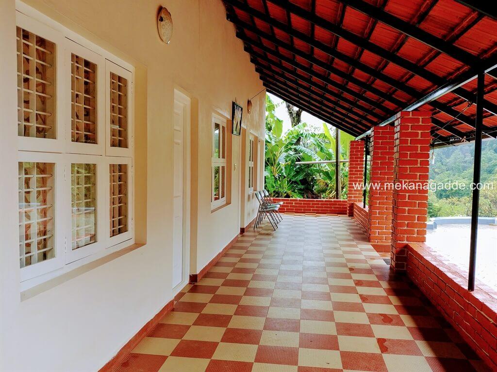 Mekanagadde Homestay Guest House Corridor